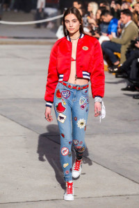 elle-nyfw-fw17-collections-tommy-hilfiger-tommy-x-gigi-15-imaxtree